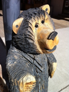 wood carving, bear
